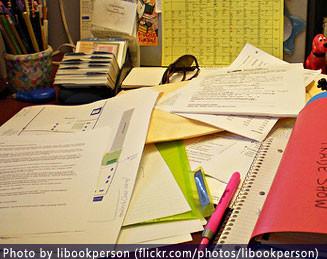 documents-mess-desk